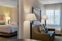 candlewood-suites-medford-5142682027-2x1